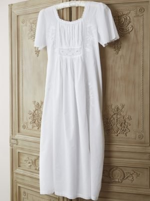 18th Century Cotton Victorian Style Nightdress