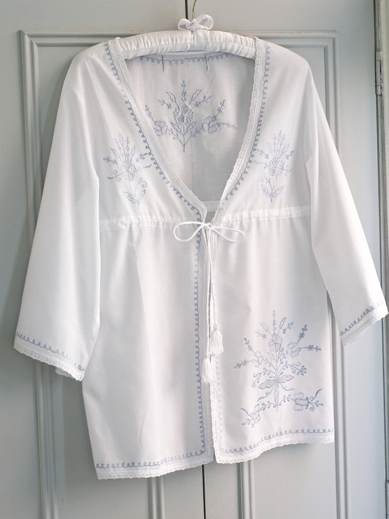 Women\'s White Cotton Dressing Gown | Lunn Antiques