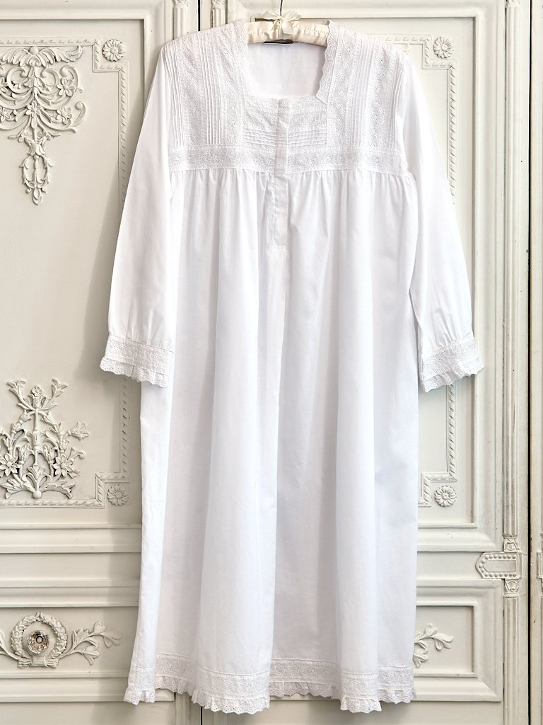 Broderie Anglaise White Cotton Nightdress